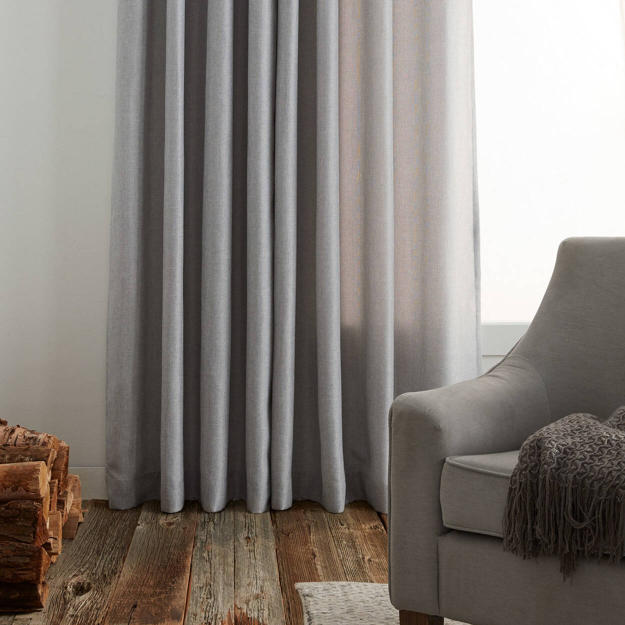 Aura Panel Curtain