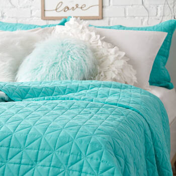 Isle Collection - Reversible Coverlet Set