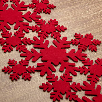 Felt Snowflake Table Runner