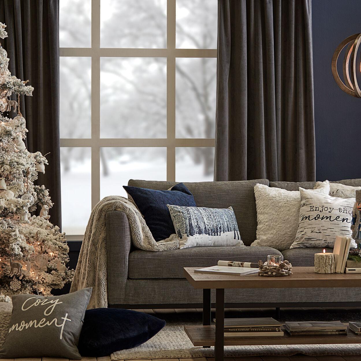 """Snow Lumbar Decorative Pillow 13"""" X 20"""""""