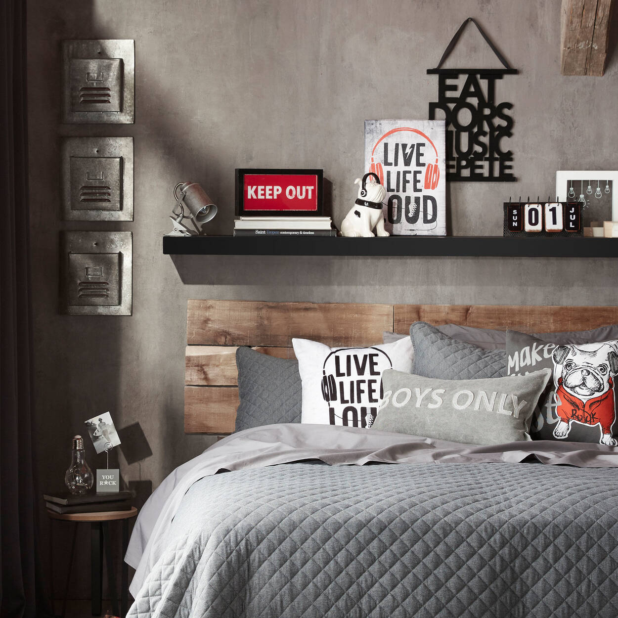 panier de rangement mural casier. Black Bedroom Furniture Sets. Home Design Ideas