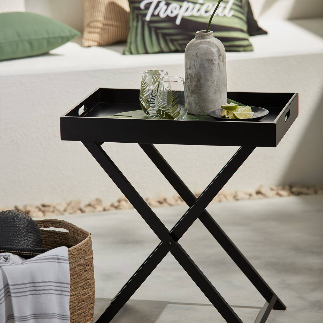 Table-plateau pliante