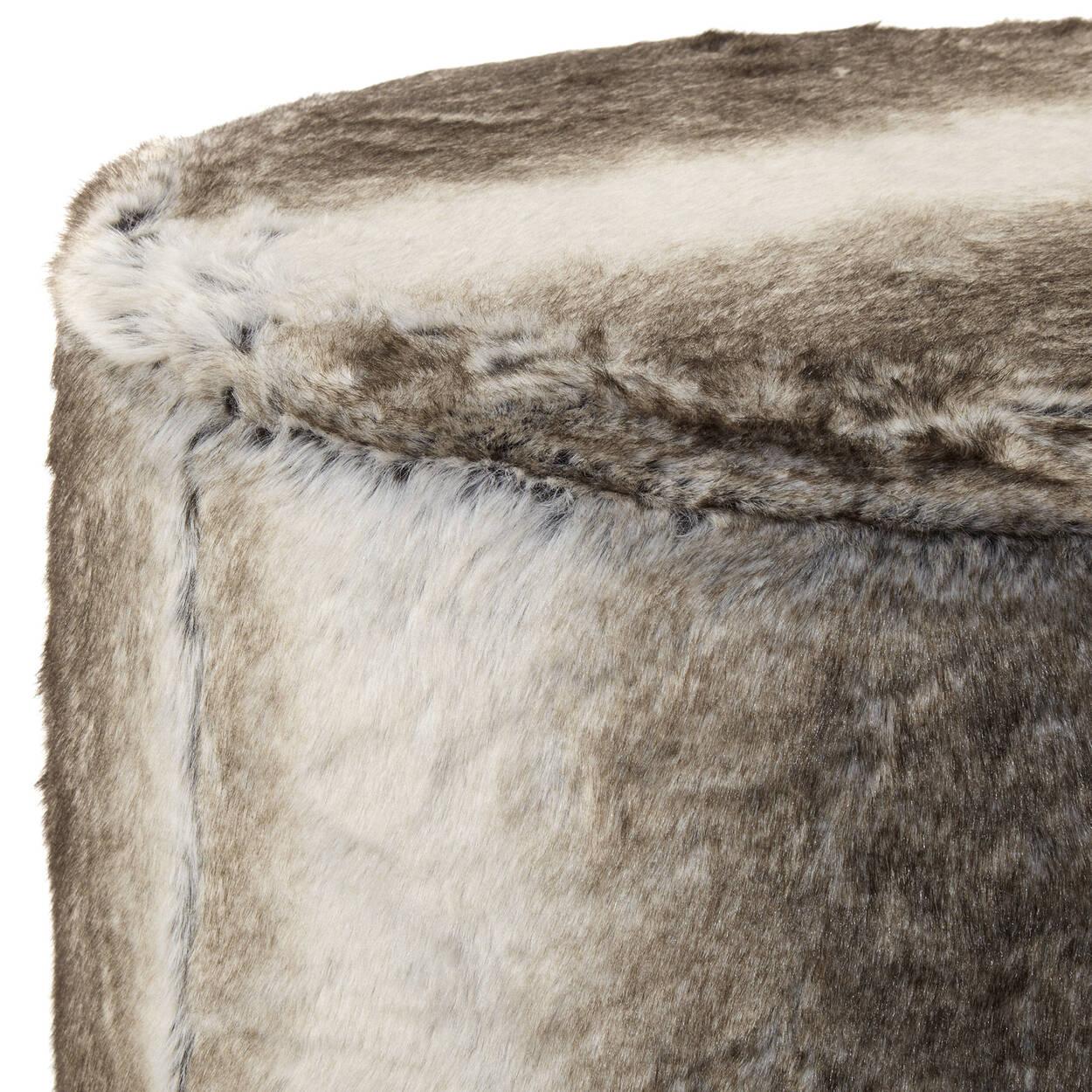 pouf en fausse fourrure wolf. Black Bedroom Furniture Sets. Home Design Ideas