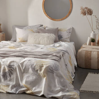 Vega Collection - 3-Piece Duvet Cover Set
