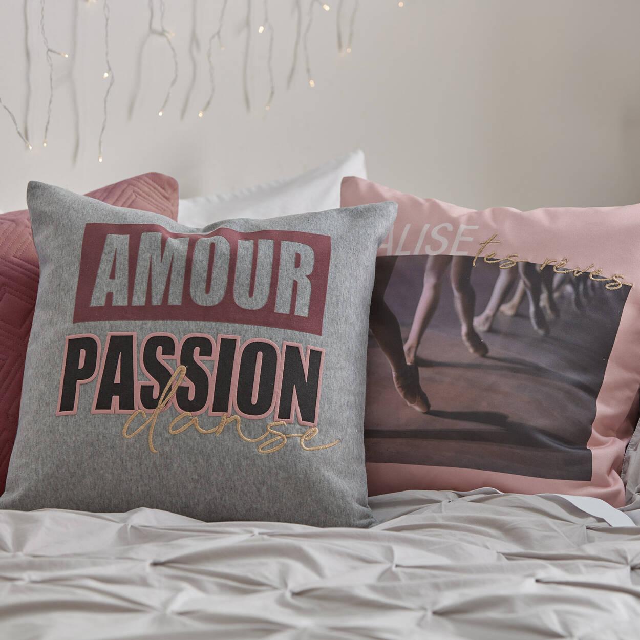 """Malisa Decorative Pillow 20"""" x 20"""""""