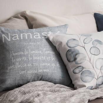 "Taryn Decorative Pillow Cover 18"" x 18"""