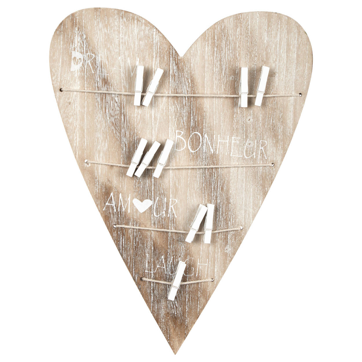Art mural en forme de coeur avec épingles
