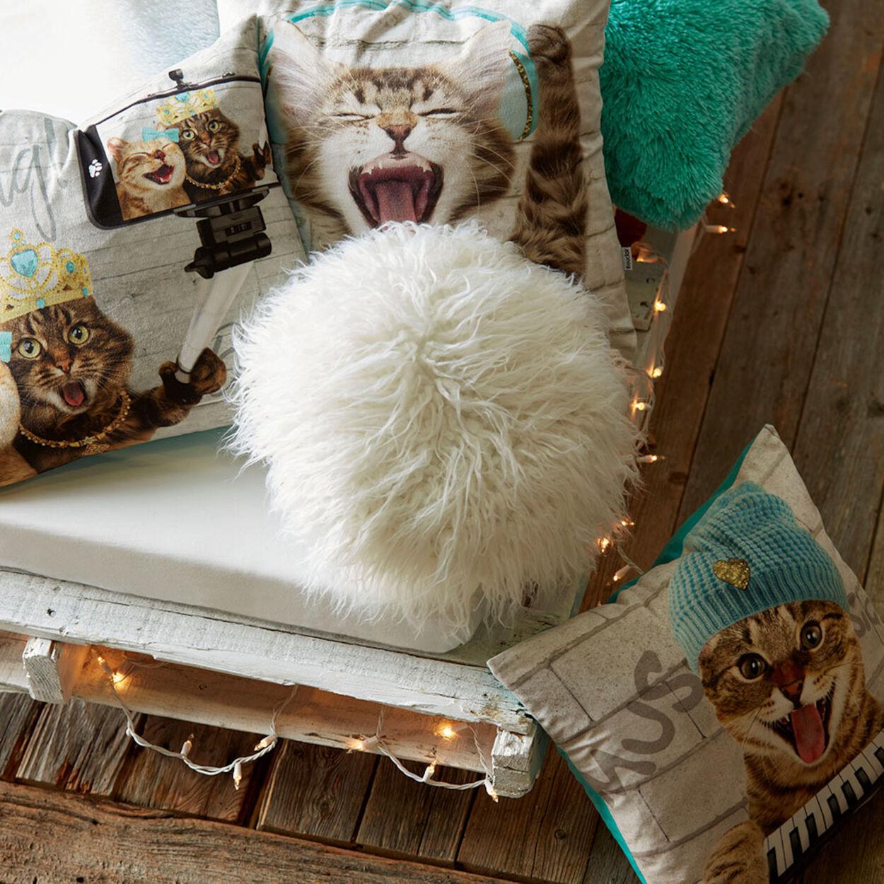 "Naadam Round Faux Fur Decorative Pillow 15"""