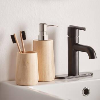 Distributeur de savon en bois naturel