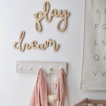 Mots décoratifs murals en bois Play Dream