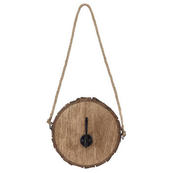 Crochet sur rondin de bois avec corde