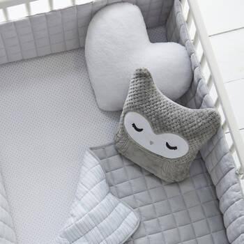 magasinez literie pour b b au canada pour chambre de b b moderne. Black Bedroom Furniture Sets. Home Design Ideas