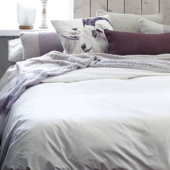 Laure Collection - 3-Piece Duvet Cover Set