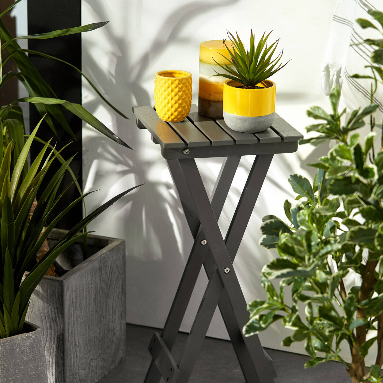 Foldable Side Table
