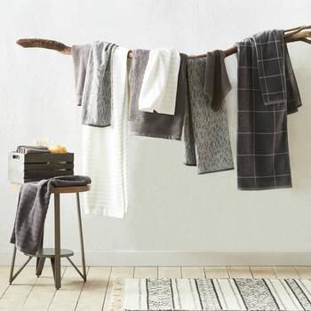 Ribbed Hand Towel