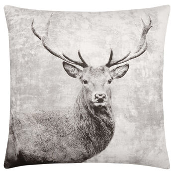 "Deer Decorative Pillow 19"" X 19"""