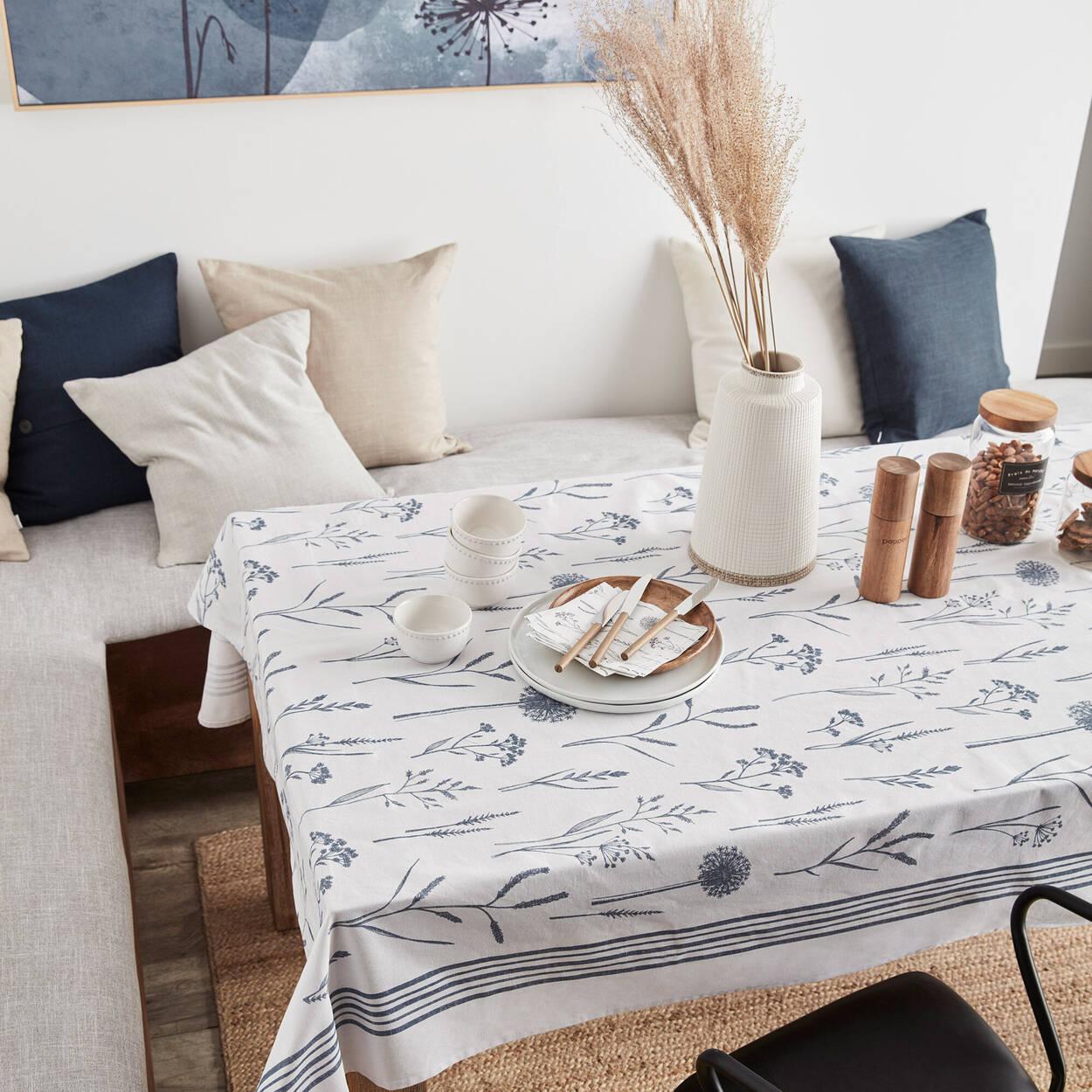Blue Herbal Print Tablecloth