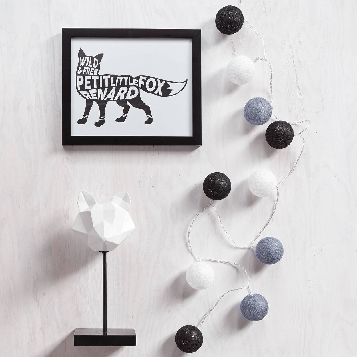 guirlande lumineuse. Black Bedroom Furniture Sets. Home Design Ideas