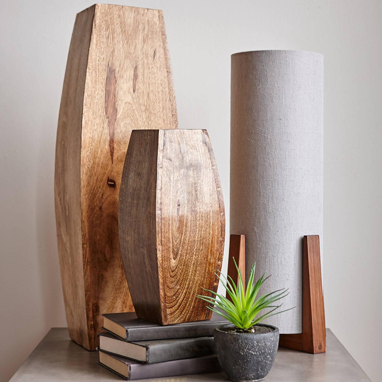 Grand vase en bois de manguier