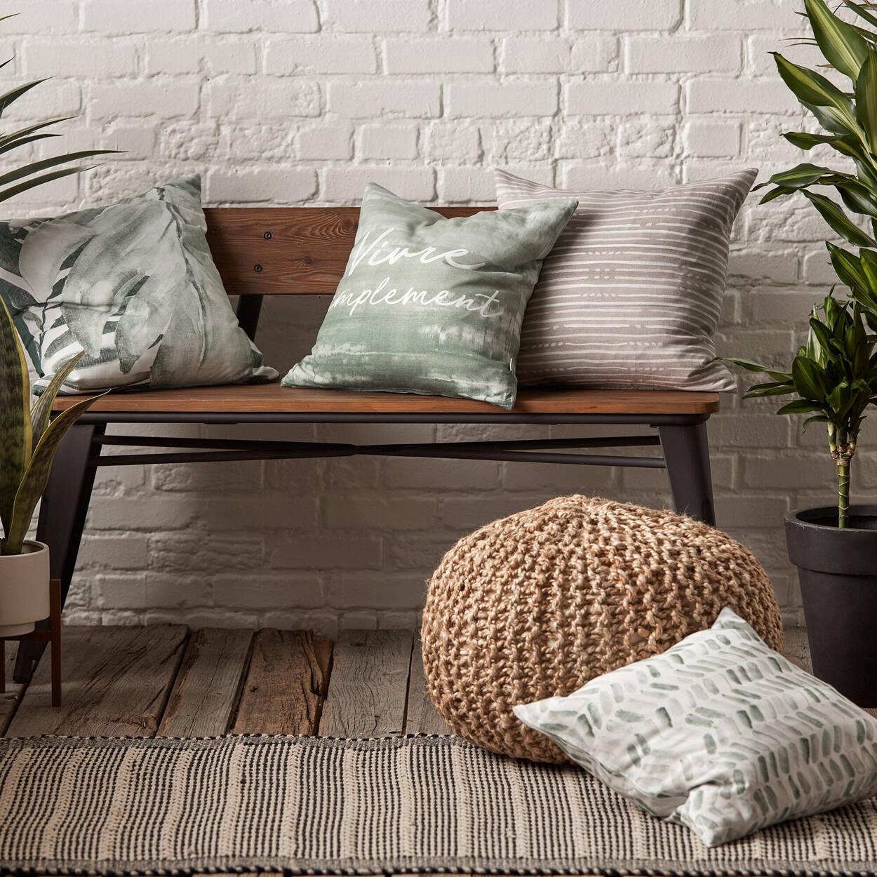 "Vonda Decorative Pillow Cover 18"" x 18"""