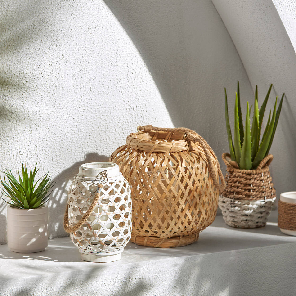 Rattan Candle Holder with Handle