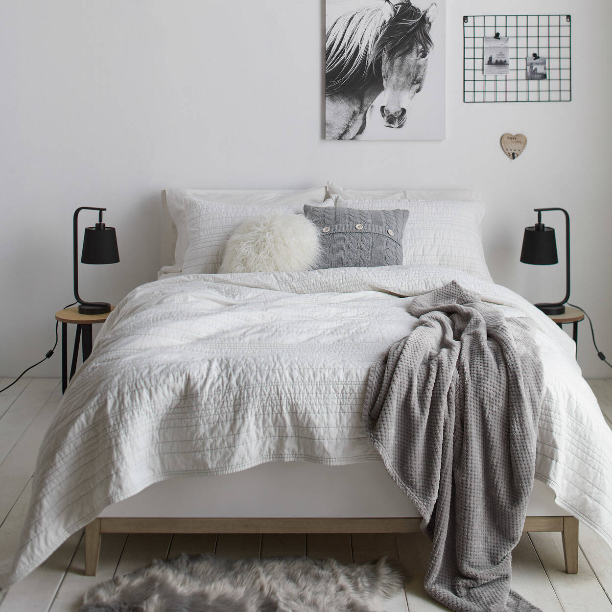 Mia Collection - Coverlet Set