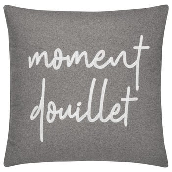 "Moment Douillet Decorative Pillow 19"" X 19"""