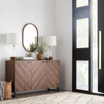 Buffet à trois portes en bois chevrons et en métal