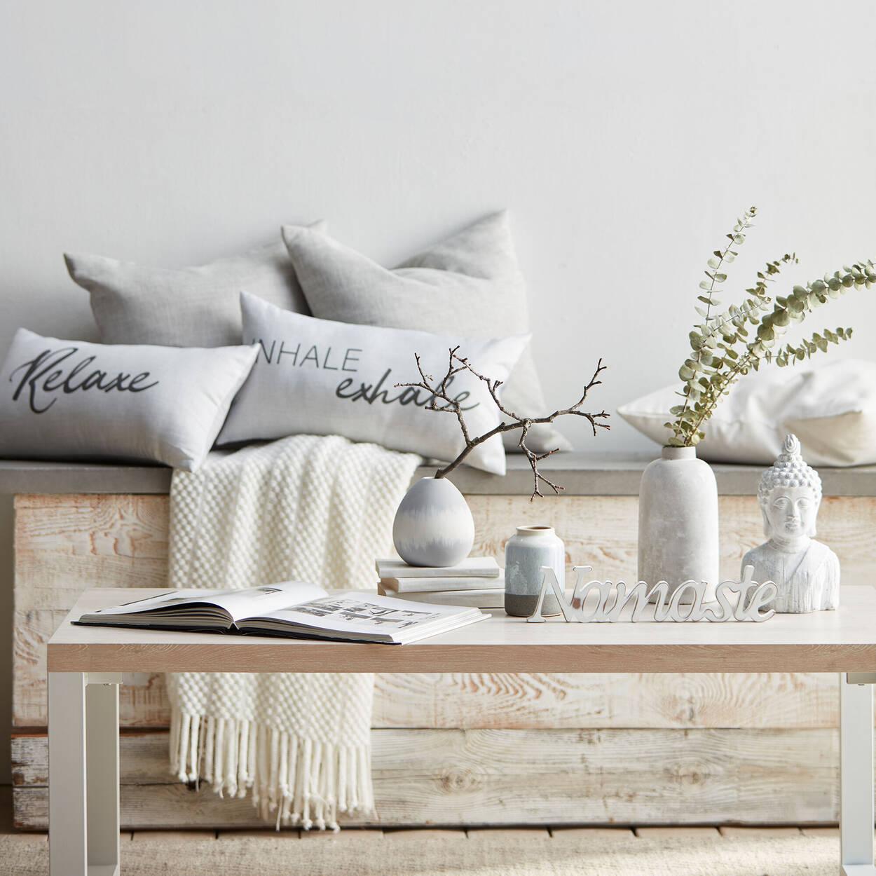 mot d coratif namaste. Black Bedroom Furniture Sets. Home Design Ideas