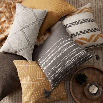 "Saaru Decorative Pillow 13"" X 20"""