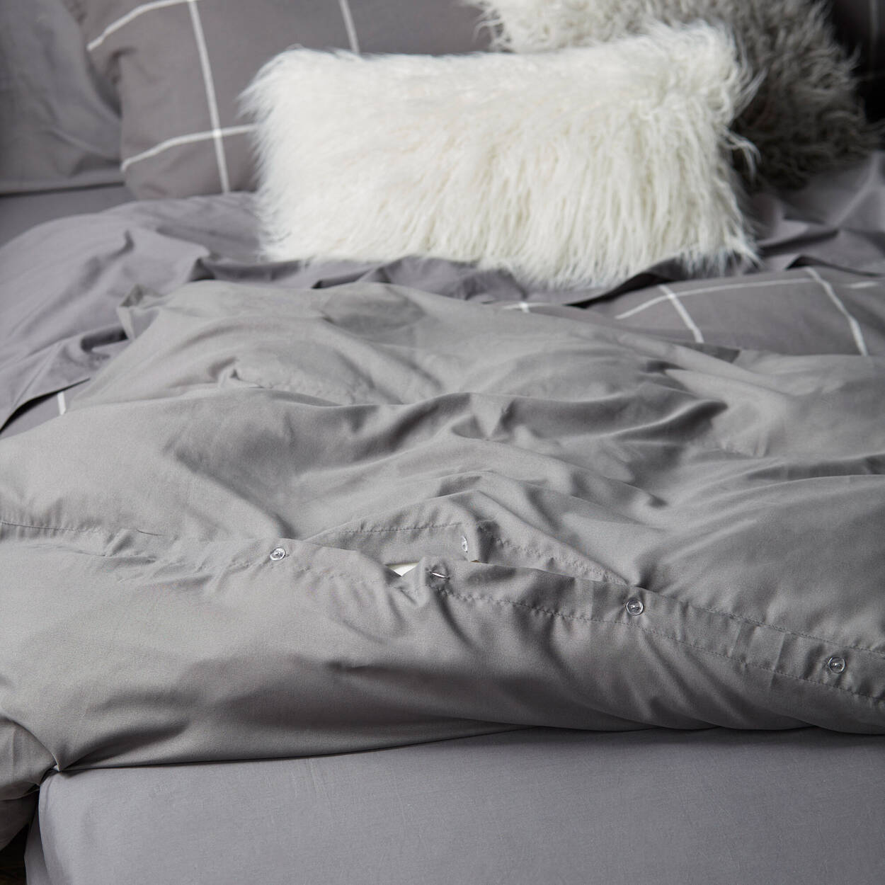 Solene Collection - 3-Piece Duvet Cover Set