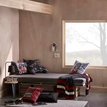 "Daron Decorative Pillow 24"" x 16"""