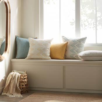 """Arlo Lumbar Decorative Pillow 14"""" x 22"""""""