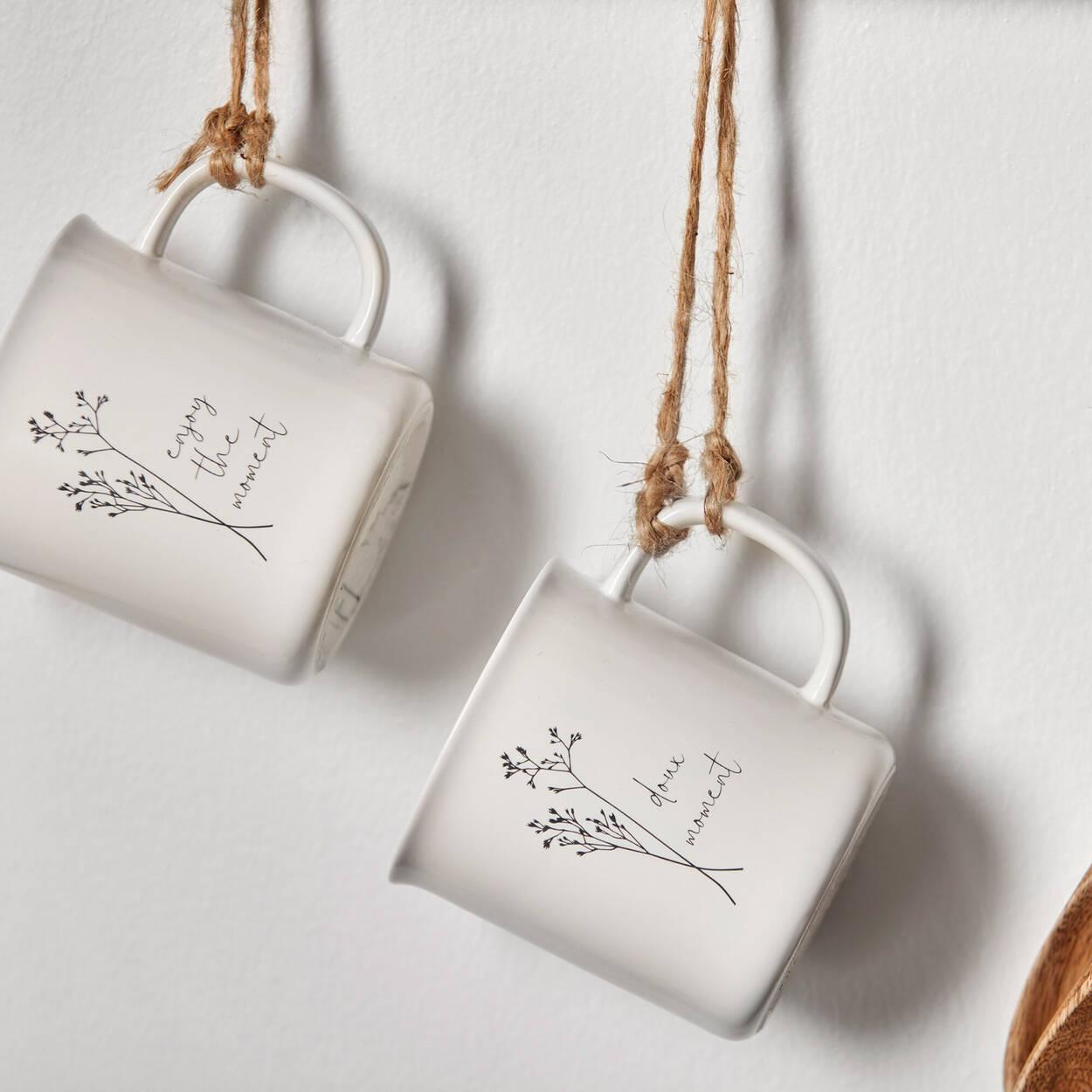 Ensemble de 2 tasses à motif floral et message anglais