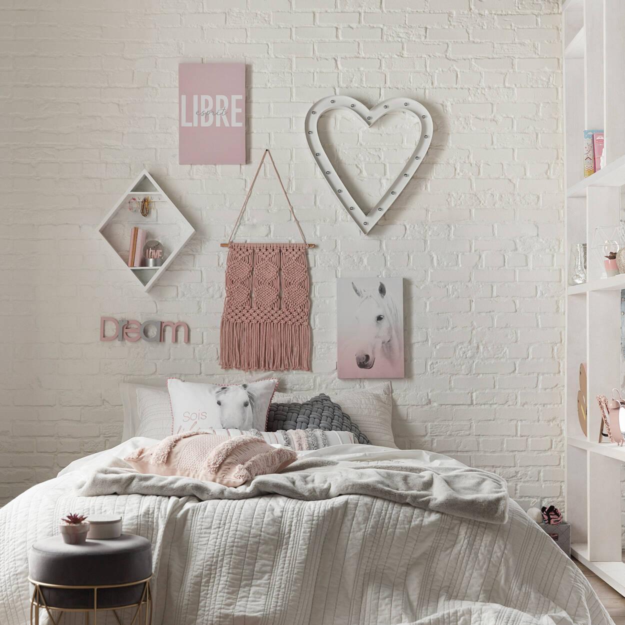 Coeur en métal mural avec lumières DEL