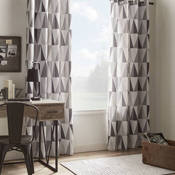 Trekant Blackout Curtain