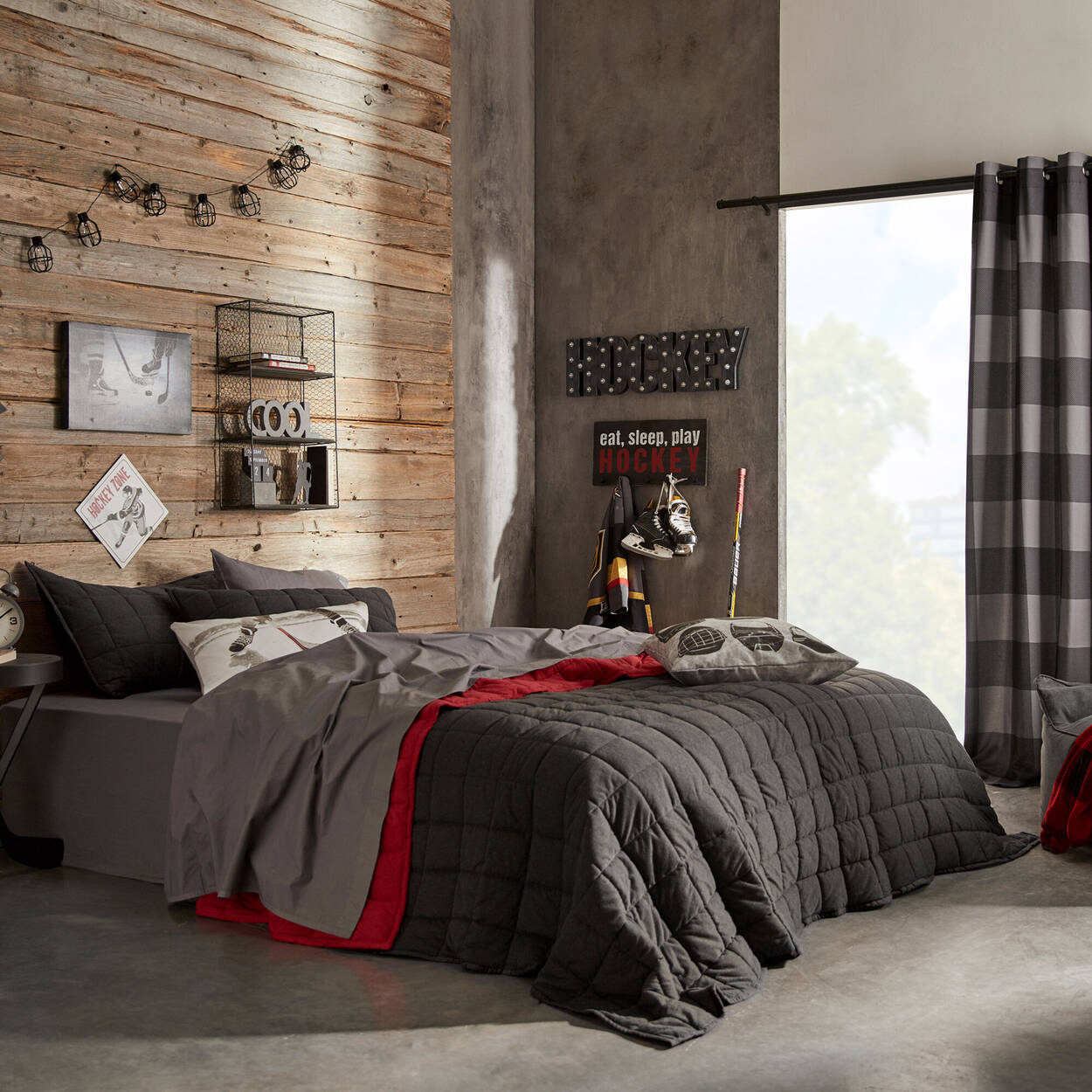 Ryan Collection - Coverlet Set